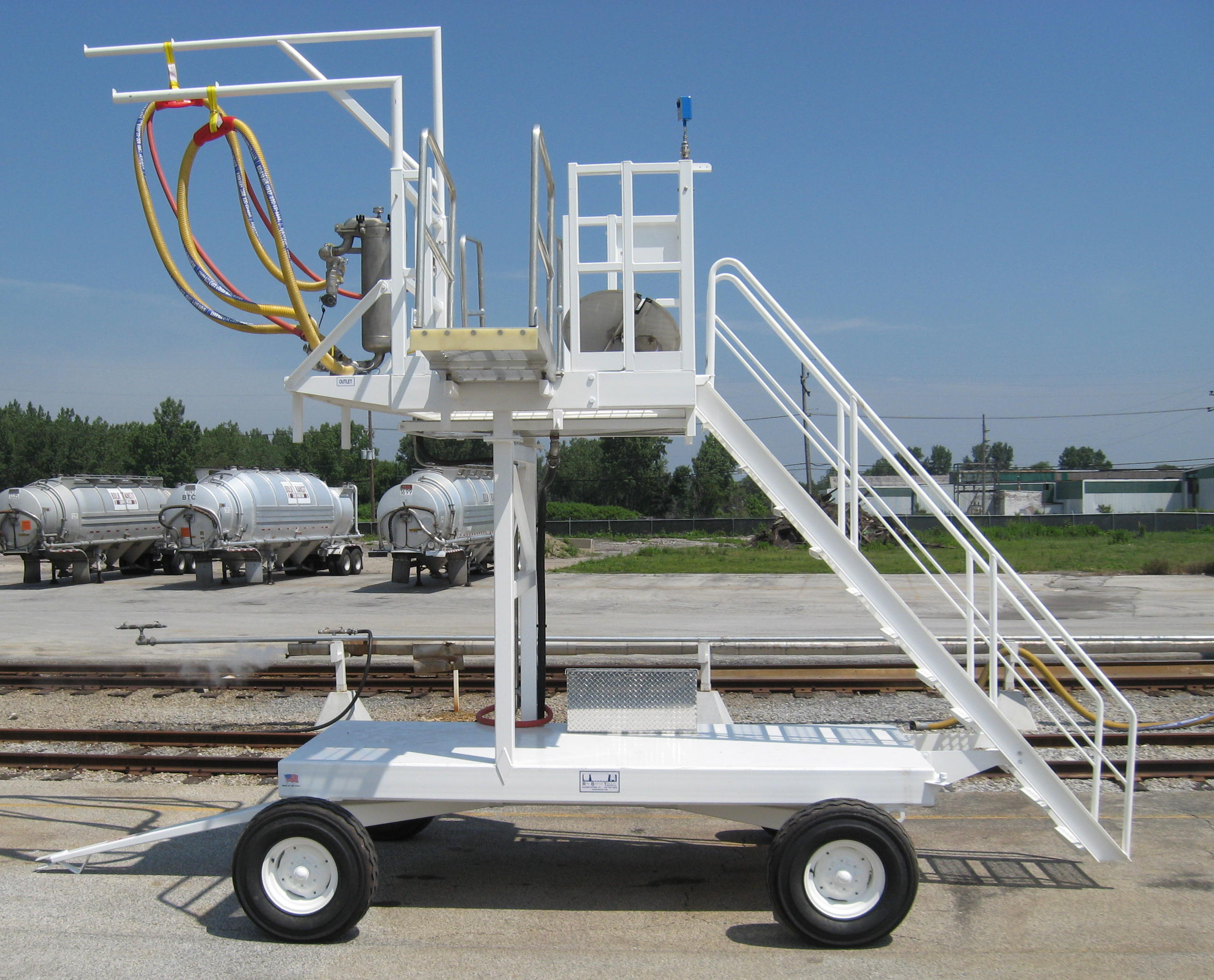 Portable Truck Unloading Hopper : Rail barge truck services inc the transfer